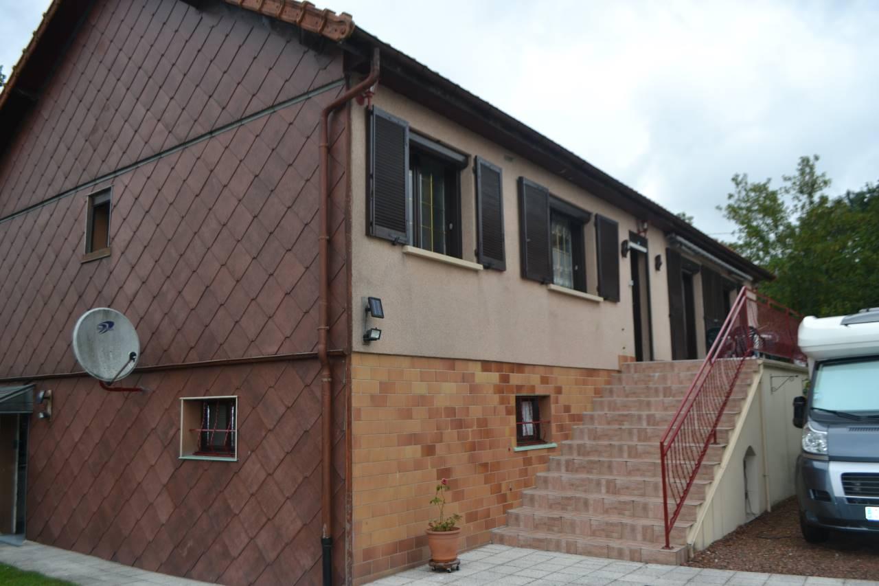 Annonce vente villa saint quentin 02100 1569 m 148 for Maison de l emploi saint quentin