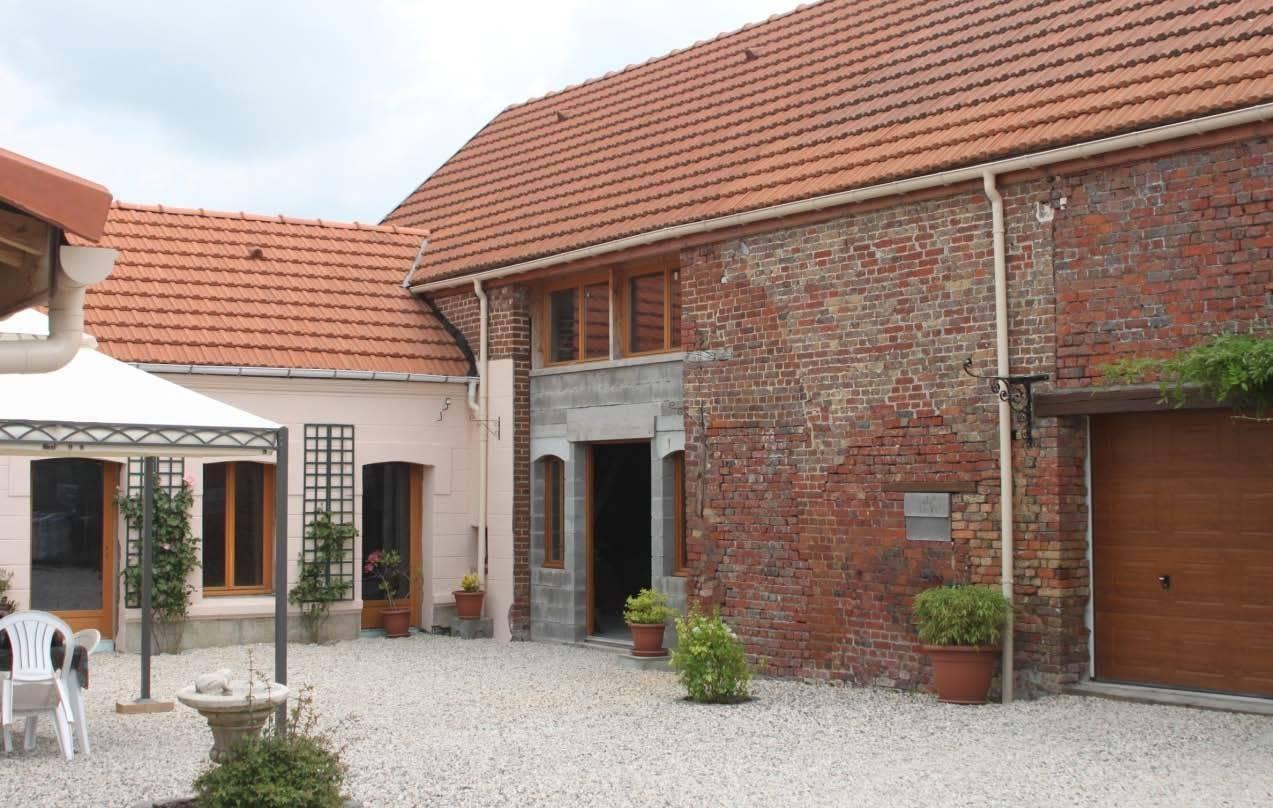 annonce vente maison valenciennes 59300 300 m 304 500 992739149926. Black Bedroom Furniture Sets. Home Design Ideas