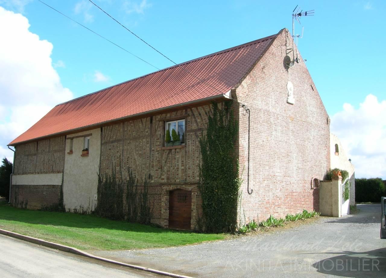 Grange, corps de ferme 143m²
